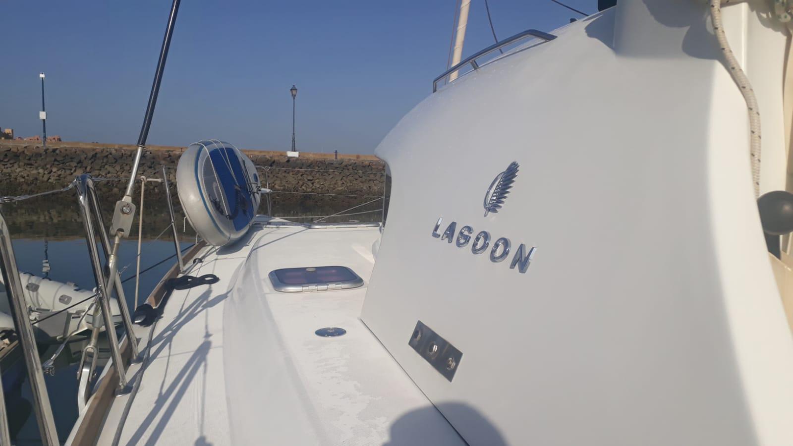 Lagoon 380 (NIRVANA)  - 12