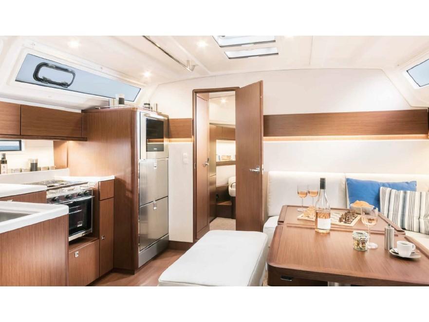 Bavaria Cruiser 46 Style (ISIK) Interior image - 16