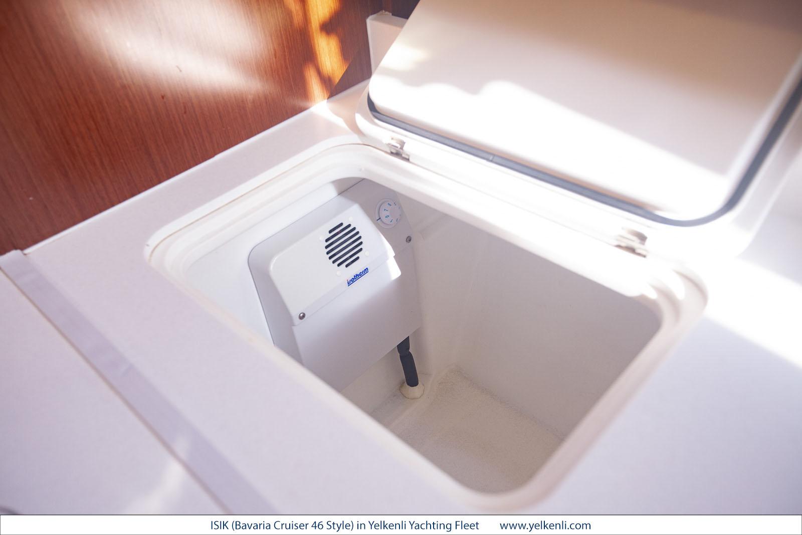 Bavaria Cruiser 46 Style (ISIK) Freezer - 1
