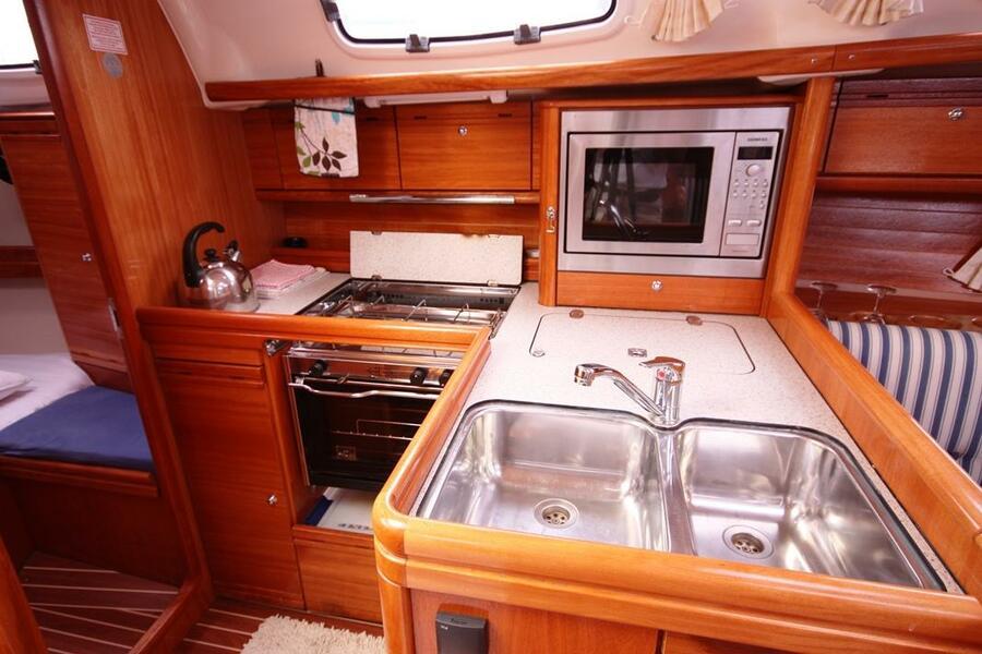 Bavaria 34 Cruiser (Little Eva)  - 7