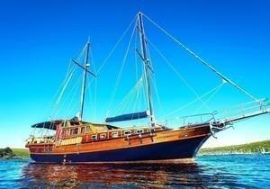 https://12knots.ru/storage/app/media/seo_yachtcharter/monterego-cabin-charters-1.jpg