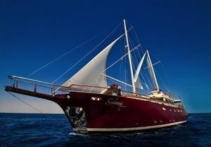 https://12knots.ru/storage/app/media/seo_yachtcharter/seychelles-cabin-charters-1.jpg